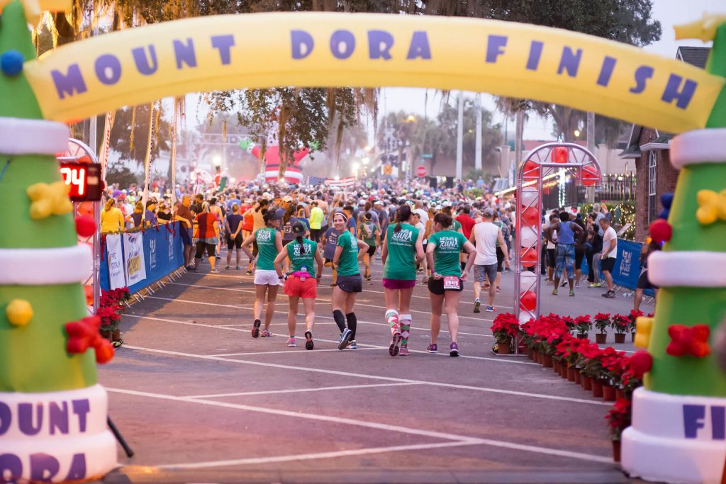 Mount Dora 5k finish line